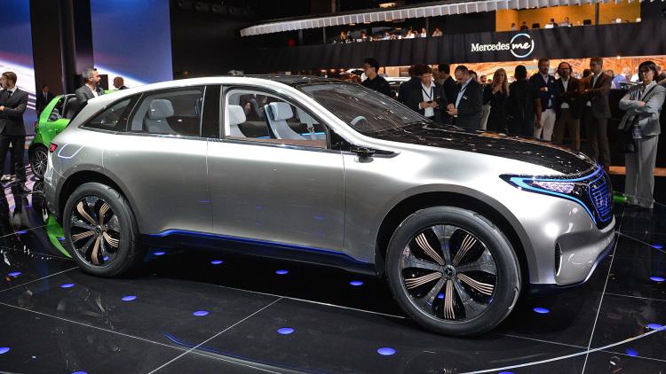 01-mercedes-benz-generation-eq-concept-paris-1