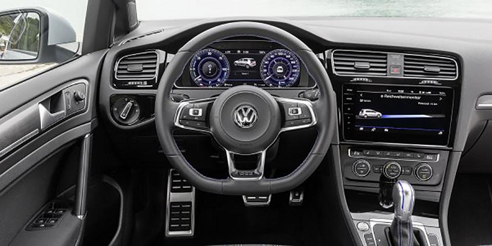 фото салон Volkswagen Golf